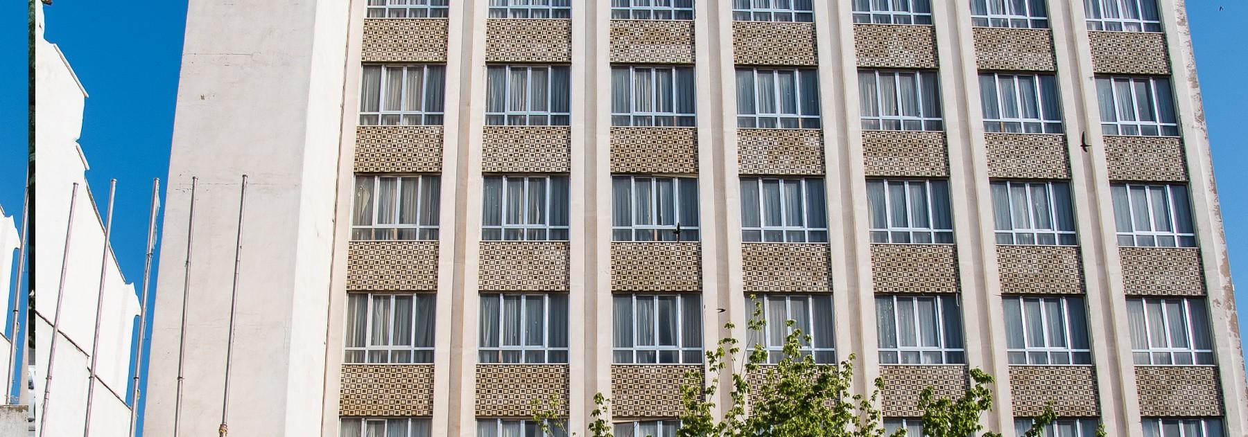 Edificio hotel Pou Clar. Ontinyent. Valencia